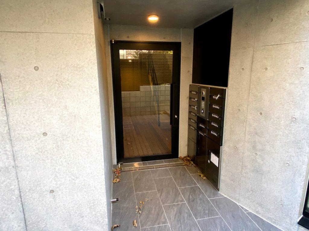 sou-oookayama-entrance