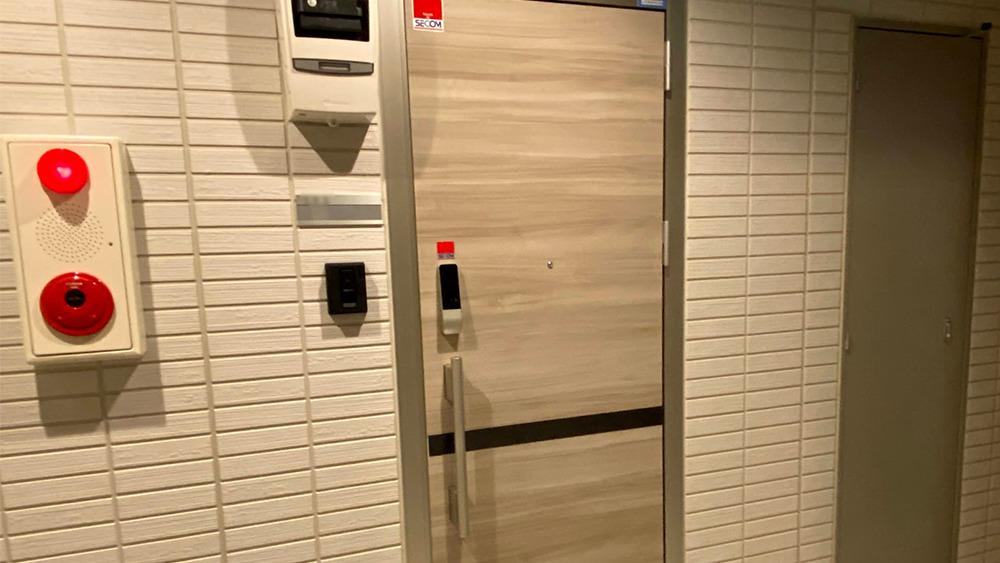 フェリオ大岡山のダブルロックの玄関ドア
