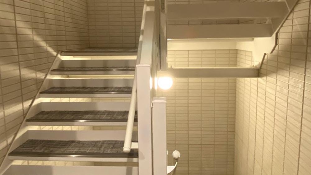 フェリオ大岡山の階段