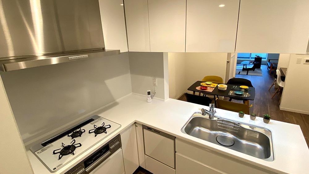 原町2丁目新築戸建のL字型キッチン