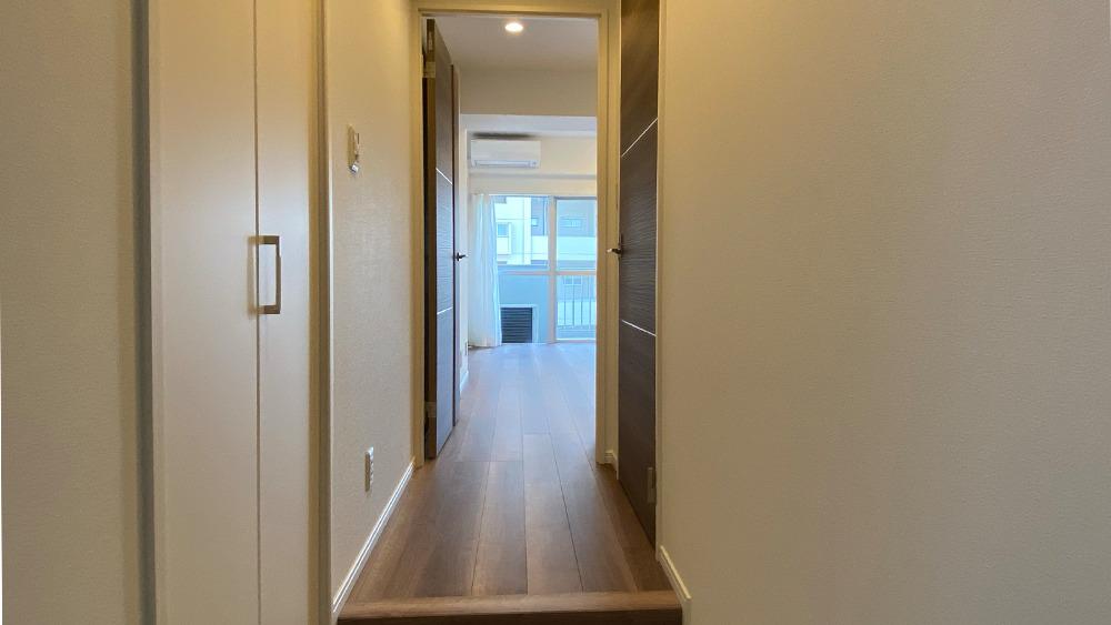 ニックハイム石川台の玄関
