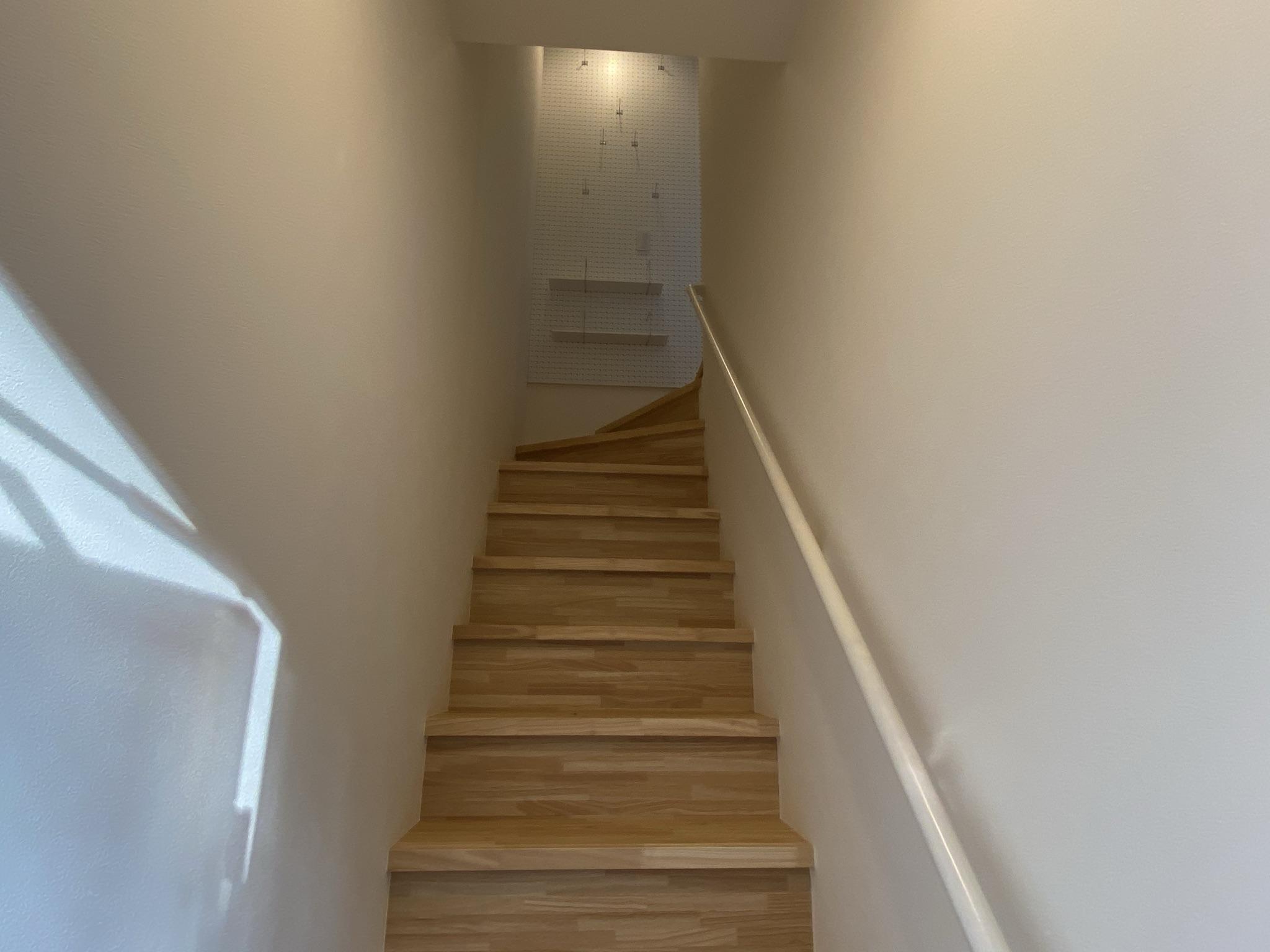 グランエッグス品川中延の階段